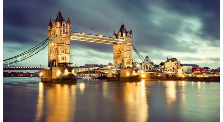 Adjud - Londra